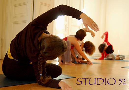 Online-Yoga Studio52